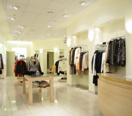 bigstock-women-s-upper-clothes-in-shop-2707565-nggid0210-ngg0dyn-400x350x100-00f0w010c011r110f110r010t010